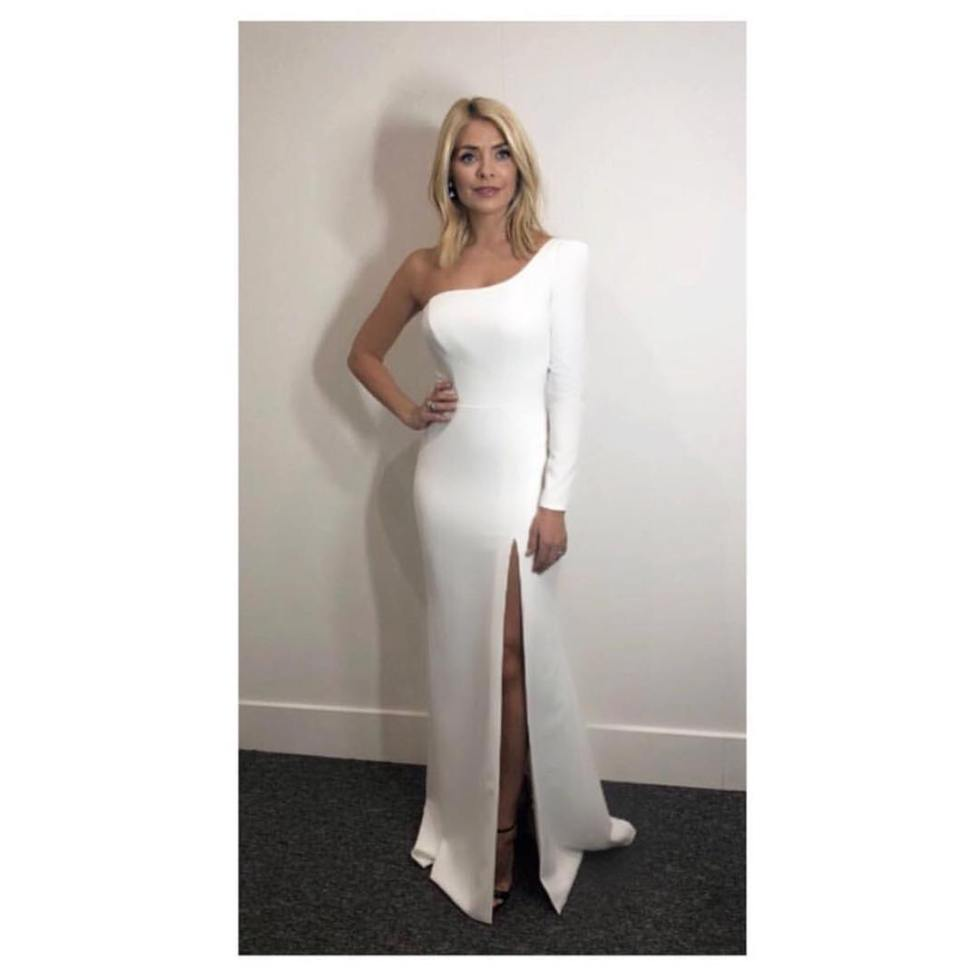 Holly Willoughby outfit white one shoulder gown Dancing on Ice January 2018