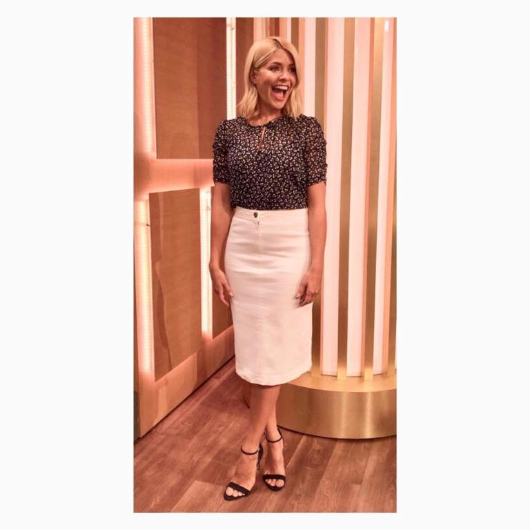 Holly Willoughby style outfit This Morning back ditsy print top white denim skirt black sandals July 2018