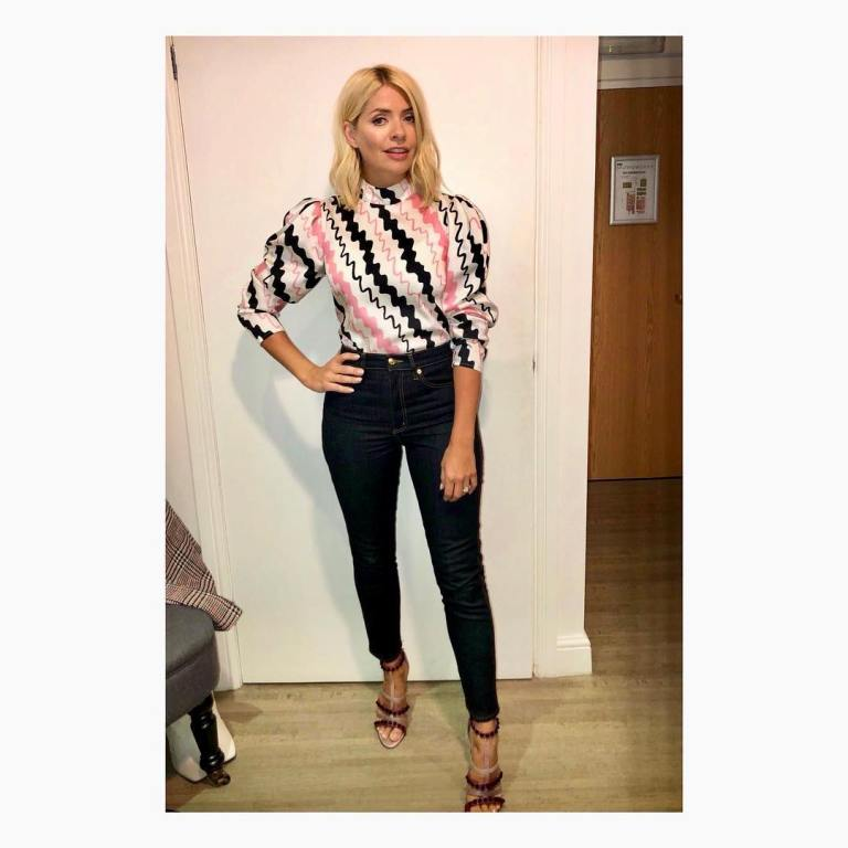 Holly Willoughby Celebrity Juice outfit pink black white blouse black jeans red and beige sandals September 2018