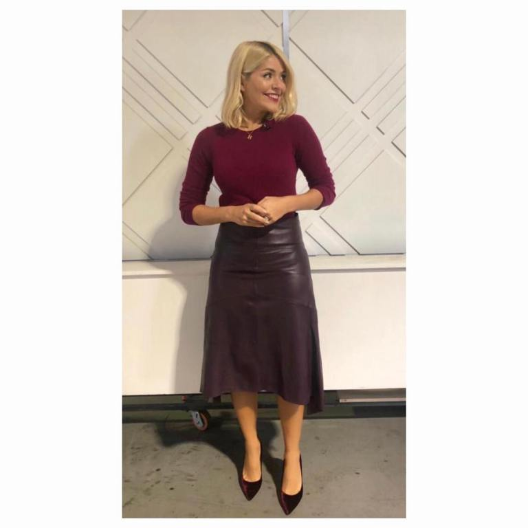 Holly Willoughby This Morning style berry jumper aubergine leather skirt red velvet shoes October 2018