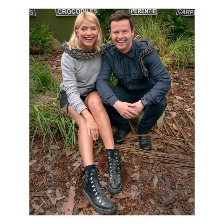 Where to get Holly Willoughby I'm a Celebrity grey sweatshirt black shorts black boots December 2018