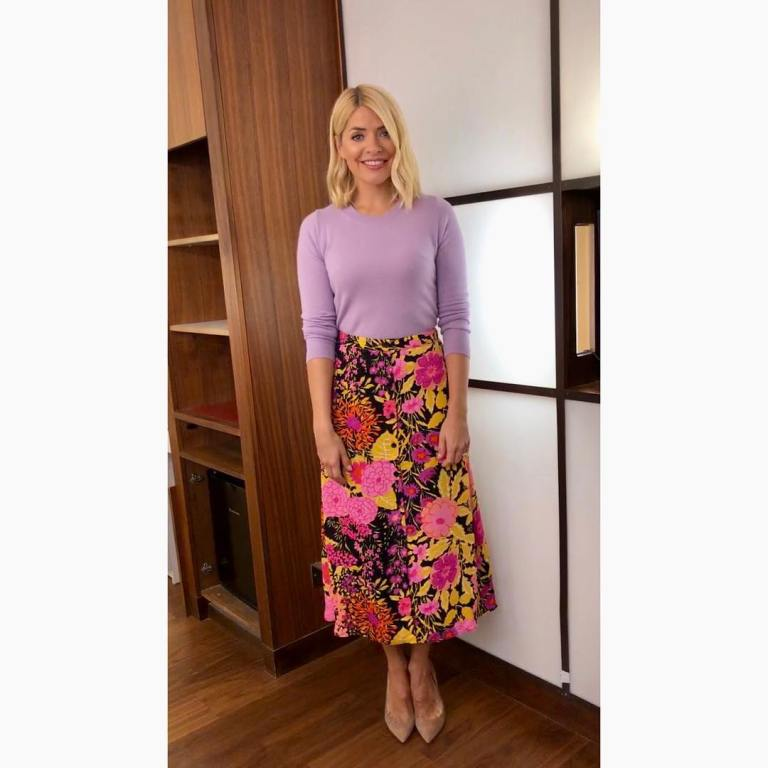 where to get holly willoughby this morning outfit today florl skirt pink lilac jumper nude court shoes january 2019 photo holly willoughby