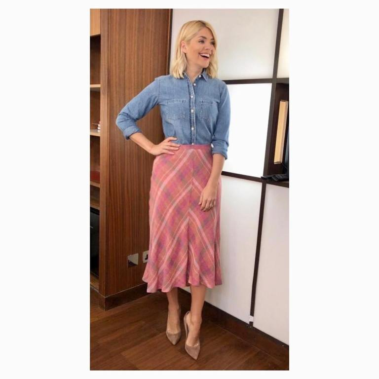 where to get Holly Willoughby This Morning outfit toay blue denim shirt pink check skirt nude court shoes March 2019 photo Holly Willoughby
