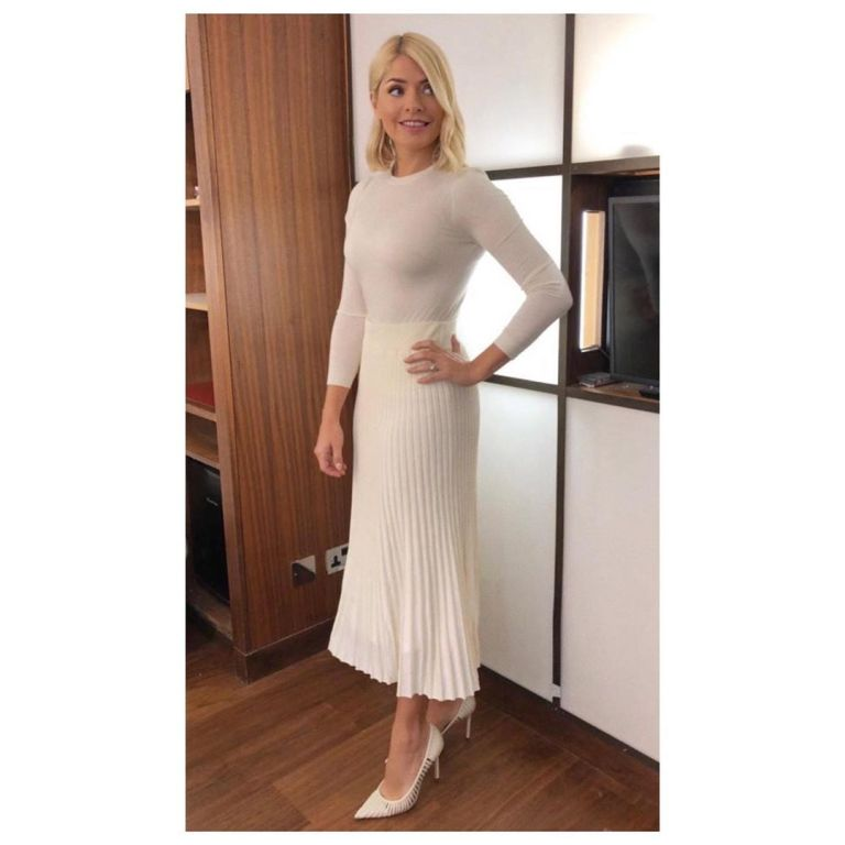 how to get Holly Willoughby This Morning outfit today cream pleated skirt cream knit white strappy court shoes May 2019 Photo Holly Willoughby