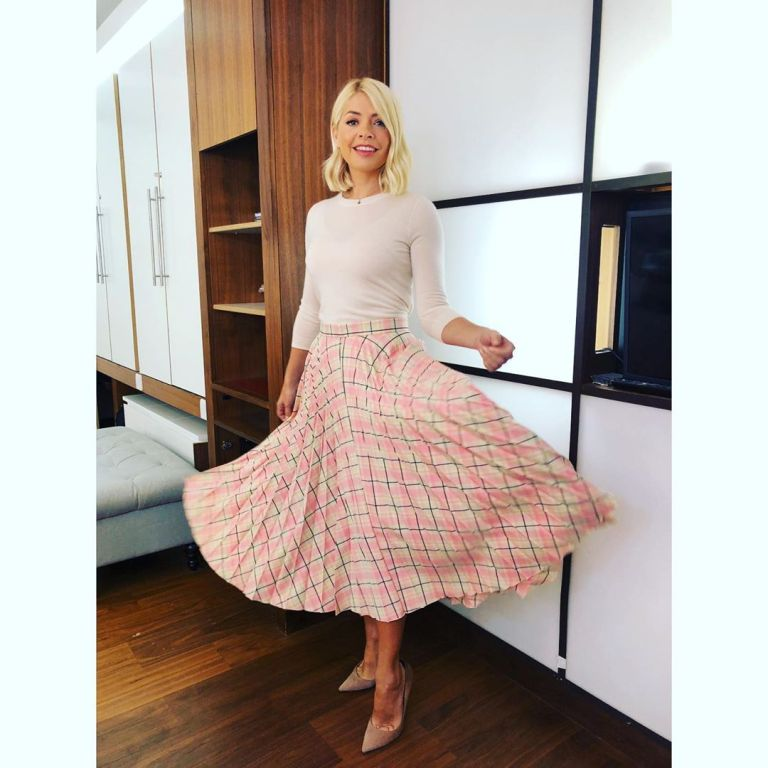 how to get holly Willoughby This Morning outfit today pink yellow pleat check skirt off white knit nude suede court shoes May 2019 photo Holly Willoughby