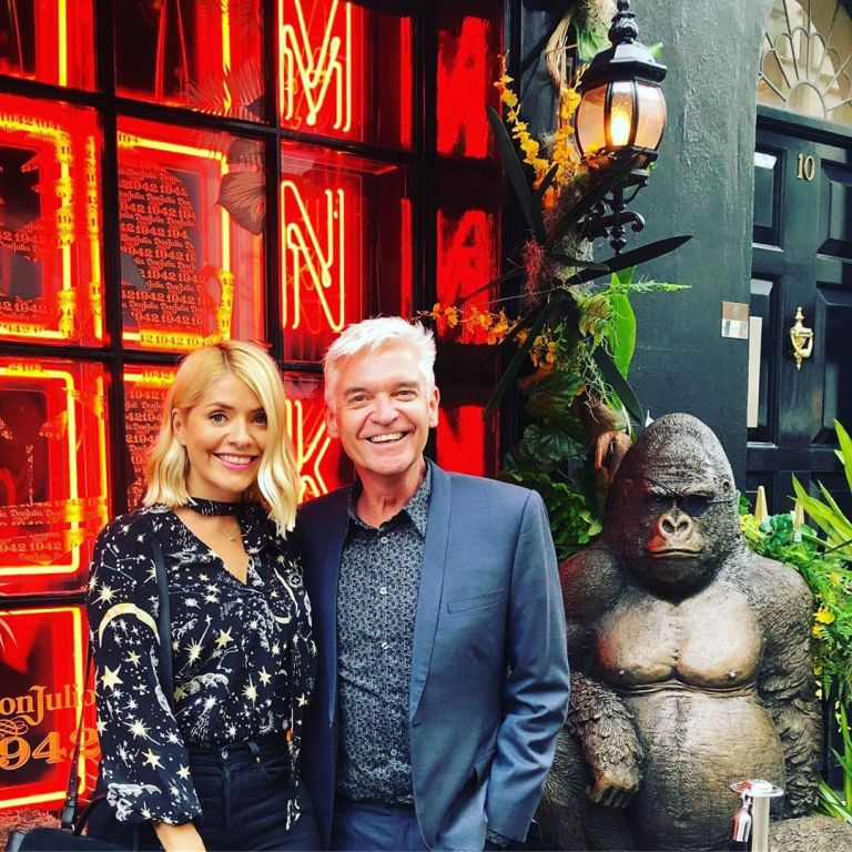 Where to find Holly Willoughby star and moon print blouse June 2019 photo Schofe