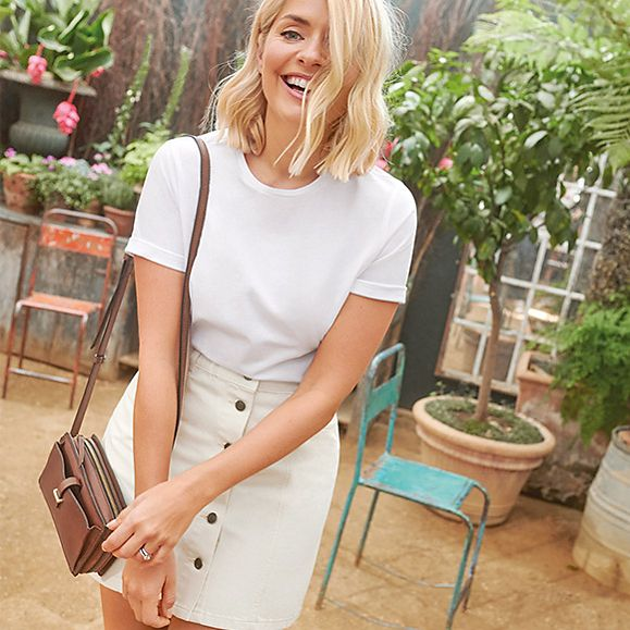 how to find holly willoughby M&S Holly Loves Utility collection white t-shirt white shorts Photo M&S