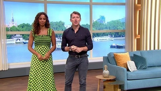 How to find Rochelle Humes This Morning outfit today green and black seersucker dress August 2019 photo ITV com