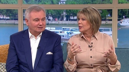 how to find Ruth Langsford This Morning outfit today beige cream shirt dress August 2019 Photo ITV com
