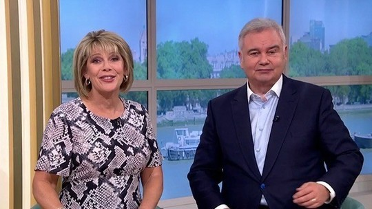 how to find ruth Langsford This Morning outfit today pale pink snake print dress September 2019 Photo ITV com