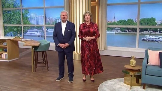 how to find Ruth Langsford This Morning outfit today red satin snake print dress September 2019 Photo ITV com