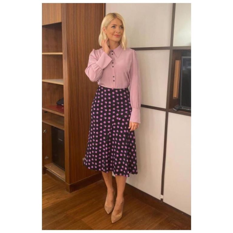 where to find Holly Willoughby black and purple skirt purple blouse This Morning outfit today 20 November 2019 Photo Holly Willoughby