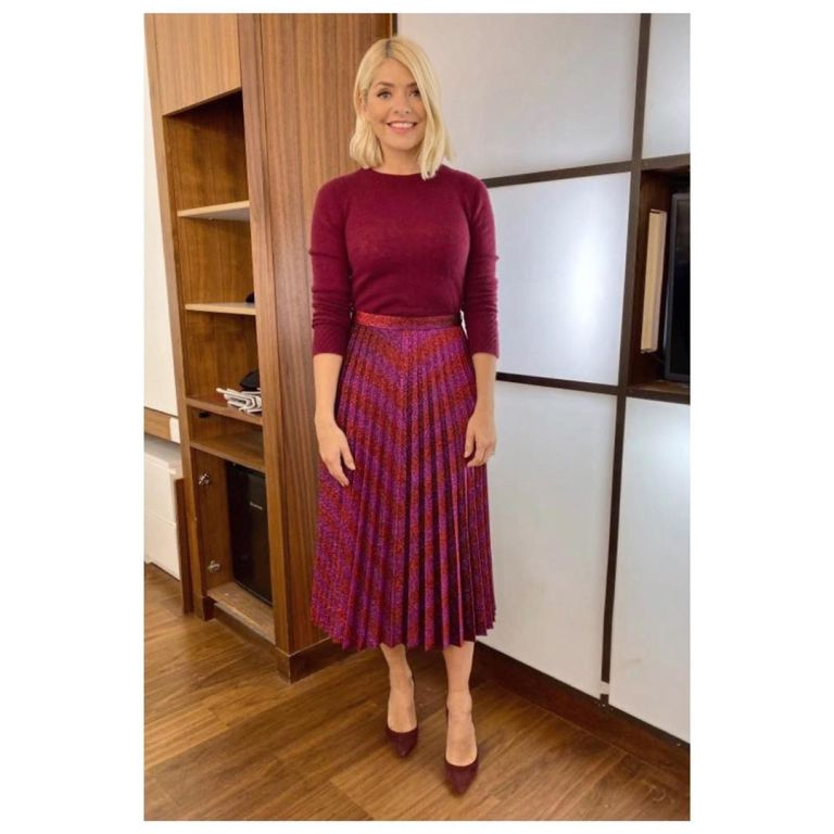 where to get holly Willoughby pink zig zag pleated skirt berry knitwear This Morning outfit today 21 November 2019 Photo Holly Willoughby