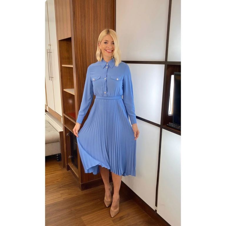 where to get all Holly Willoughby This Morning outfits light blue shirt dress 23 January 2020 Photo Holly Willoughby
