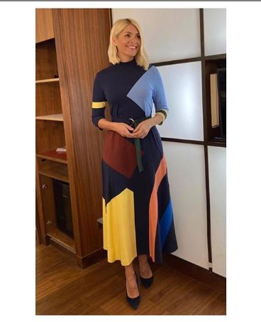 where to get Holly Willoughby This Morning dress abstract colour black dress black court shoes 6 January 2020 Photo holly Willoughby