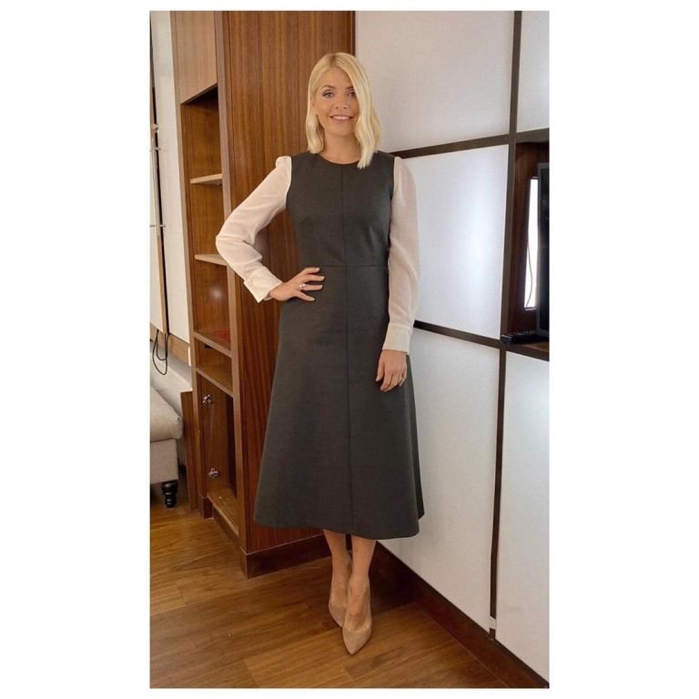 where to get Holly Willoughby This Morning dress green dress with cream sleeves 15 January 2020 Photo Holly willoughby