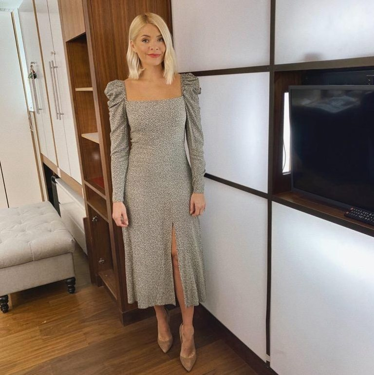 where to get all Holly Willoughby This Morning dresses green and white square neck puff sleeve midi dress 4 February 2020 Photo Holly Willoughby
