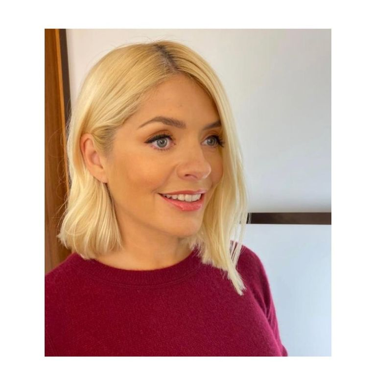 what make up does Holly willoughby use wear 21 Npvember 2019 photo Patsy ONeill