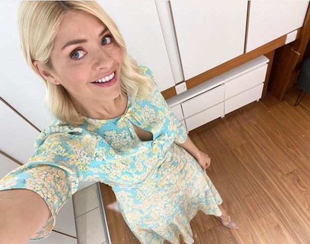 where to get all Holly Willoughby This Morning dresses aquamarine blue floral print dress 21 April 2020 Photo Holly Willoughby