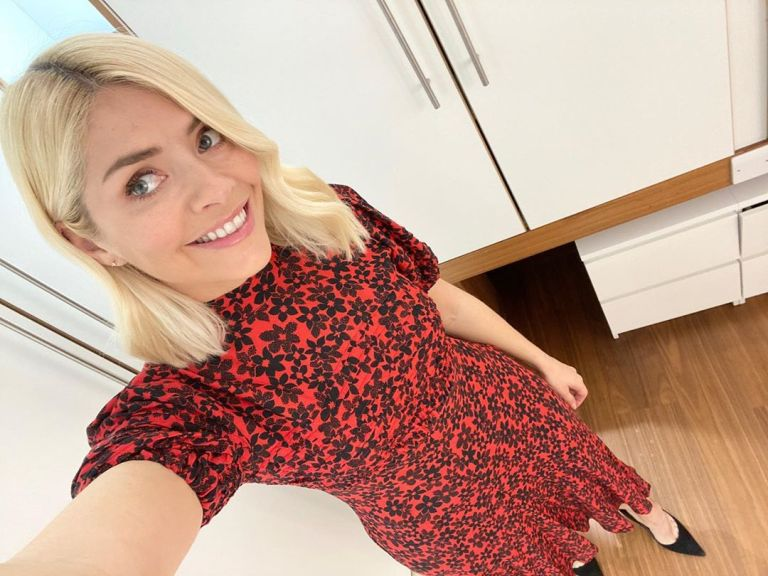 where to get all Holly Willoughby This Morning dresses red floral daisy print dress 2 April 2020 Photo Holly Willoughby