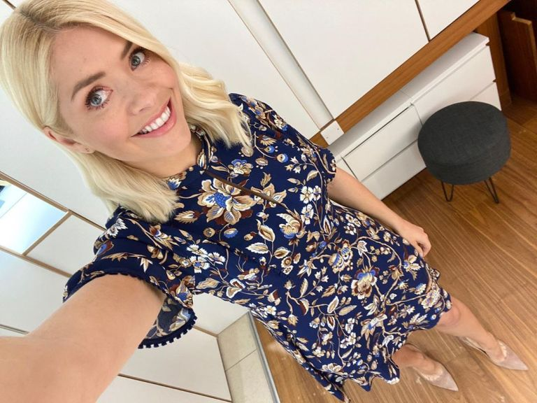 Where to get all Holly Willoughby this Morning dresses blue floral short sleeve dress 5 May 2020 Photo Holly Willoughby