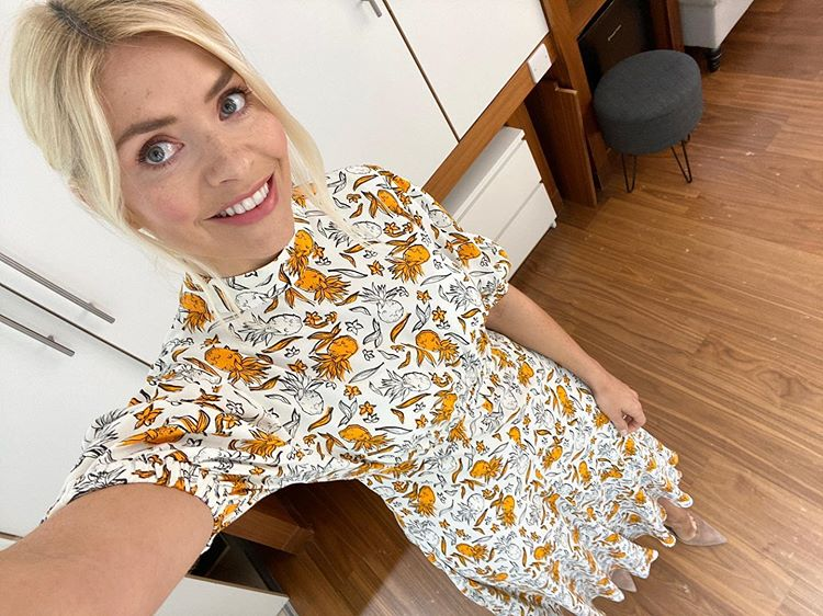 where to get all Holly Willoughby This Morning dresses white and orange pineapple print dress 9 June 2020 Photo Holly Willoughby