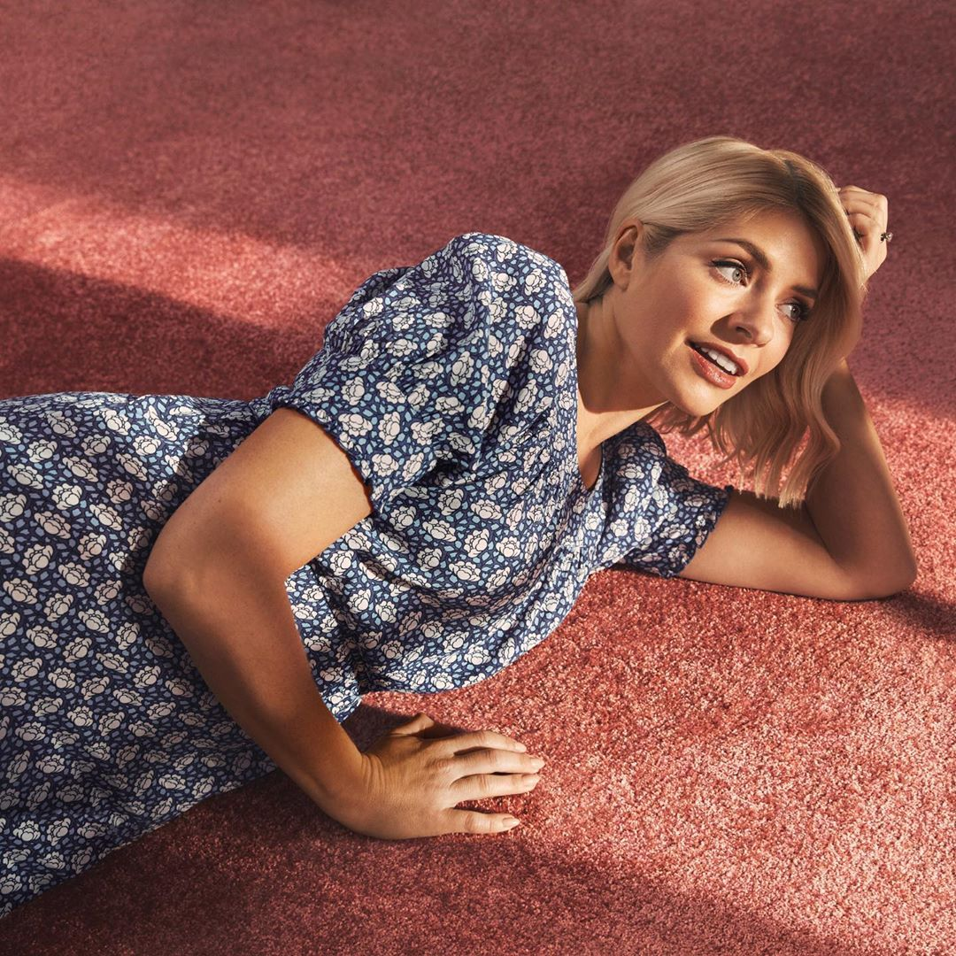 where to get Holly Willoughby blue cabbage print dress 8 June 202 Photo M&;S