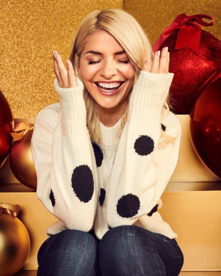 where to get Holly Willoughby cream polka dot jumper 4 november 2020 Photo M&S