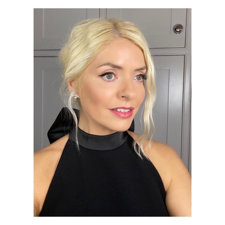 where to get Holly Willoughby Pride of Britain 2020 black halterneck bow detail gown Photo Ciler Peksah