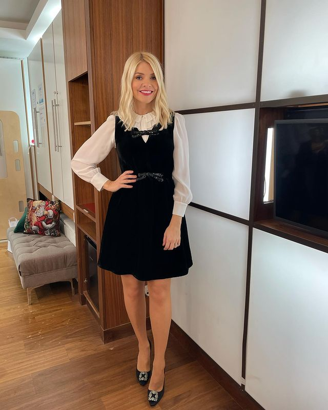 where to get all Holly Willoughby This Morning dresses blackes velvet bow dress cream ruffle blouse black buckle shoes 11 December 2020 Photo Holly Willoughby