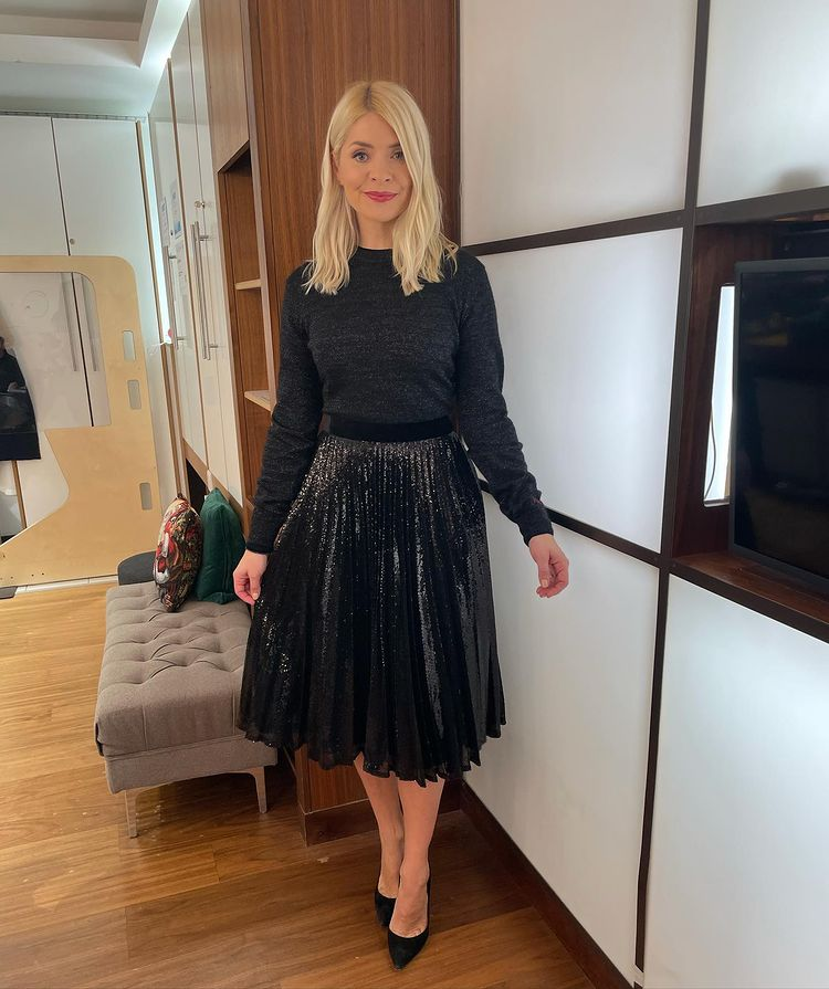 where to get all Holly Willoughby This Morning outfits black sequin skirt black lurex crew neck knit black suede court shoes 3 December 2020 Photo Holly Willoughby