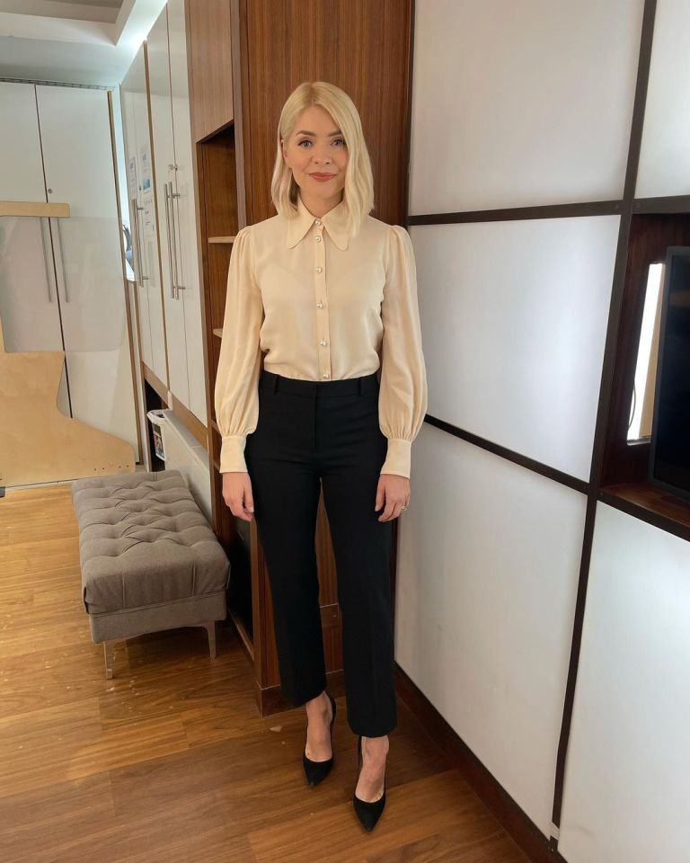where to get all Holly Willoughby This Morning outfits cream pearl button blouse black trousers black suede cour shoes 13 January 2021 Photo Holly Willoughby