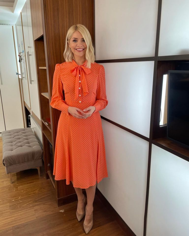 where to get all Holly Willoughby This Morning dresses orange salmon pink shirt dress nude suede court shoes 8 February 2021 Photo Holly Willoughby