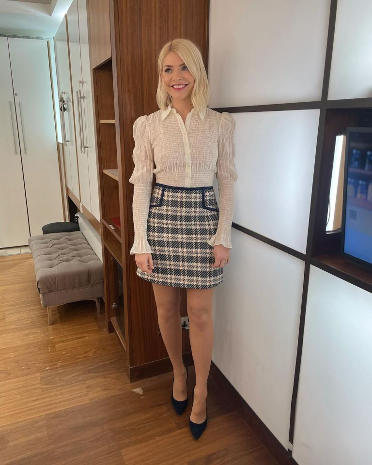where to get all Holly Willoughby This Morning outfits blue cream check skirt cream smocked top suede court shoes 25 Februrary 2021 Photo Holly Willoughby
