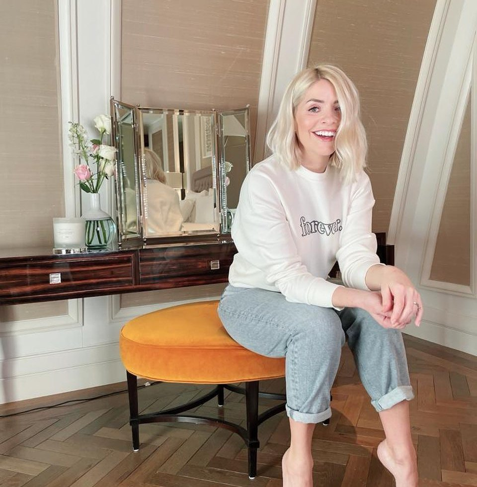 where to get Holly Willoughby Forever Sweatshirt grey jeans 11 February 2021 Photo holly Willoughby M&S