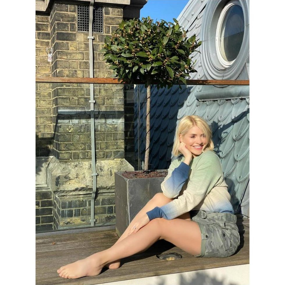 where to get holly Willoughby green tie dye jumper camouflage shorts 19 April 2021 Photo M&S