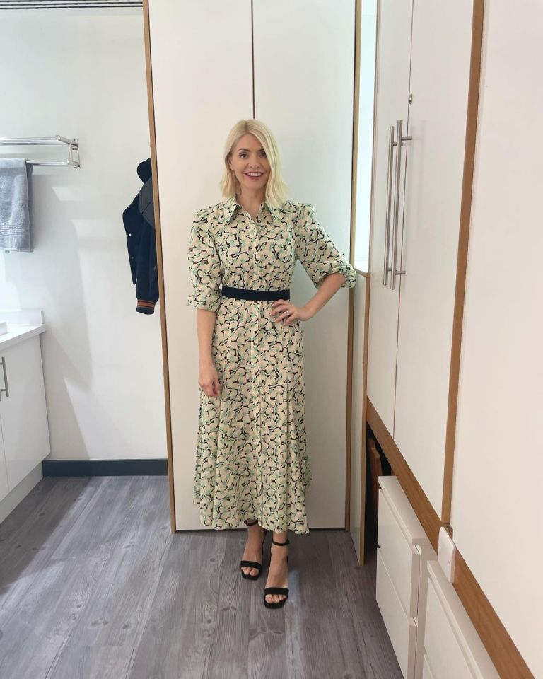 where to get all Holly Willoughby this Morning dresses cream green blavk puff sleeve shirt dress black suede sandals 27 MAy 2021 Photo Holly Willoughby