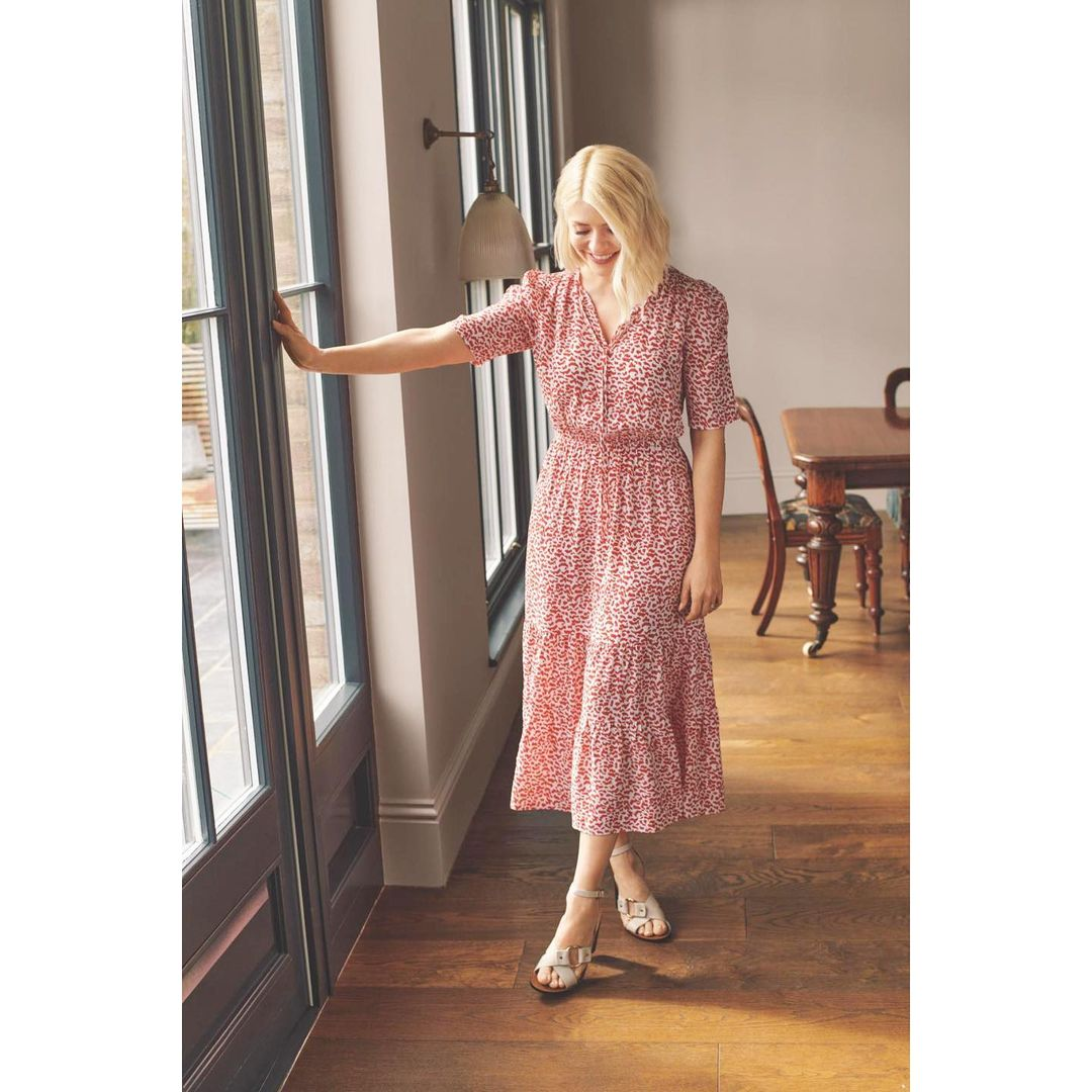 where to get holly Willoughby red and white print tie neck tiered midi dress silver sandasl 12 May 2021 Photo M&S