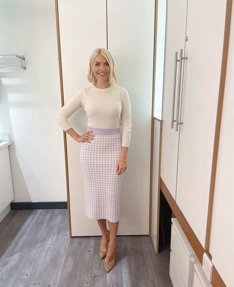 where to get all Holly Willoughby This Morning outfits lilac and white gingham knit skirt off white knit nuede suede court shoes 24 June 2021 Photo Holly Willoughby