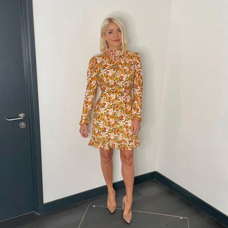 where to get all Holly Willoughby This Moning dresses ecru autmnal floral long sleeve mini dress nude suede court shoes 6 October 2021 Photo Holly Willoughby